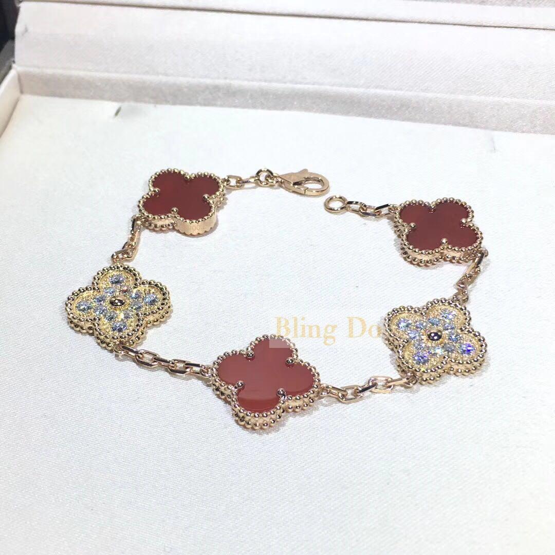 Vintage Alhambra bracelet, 5 motifs yellow gold, Carnelian, Diamond