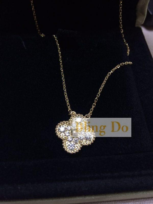 Vintage Alhambra pendant Yellow gold Diamond