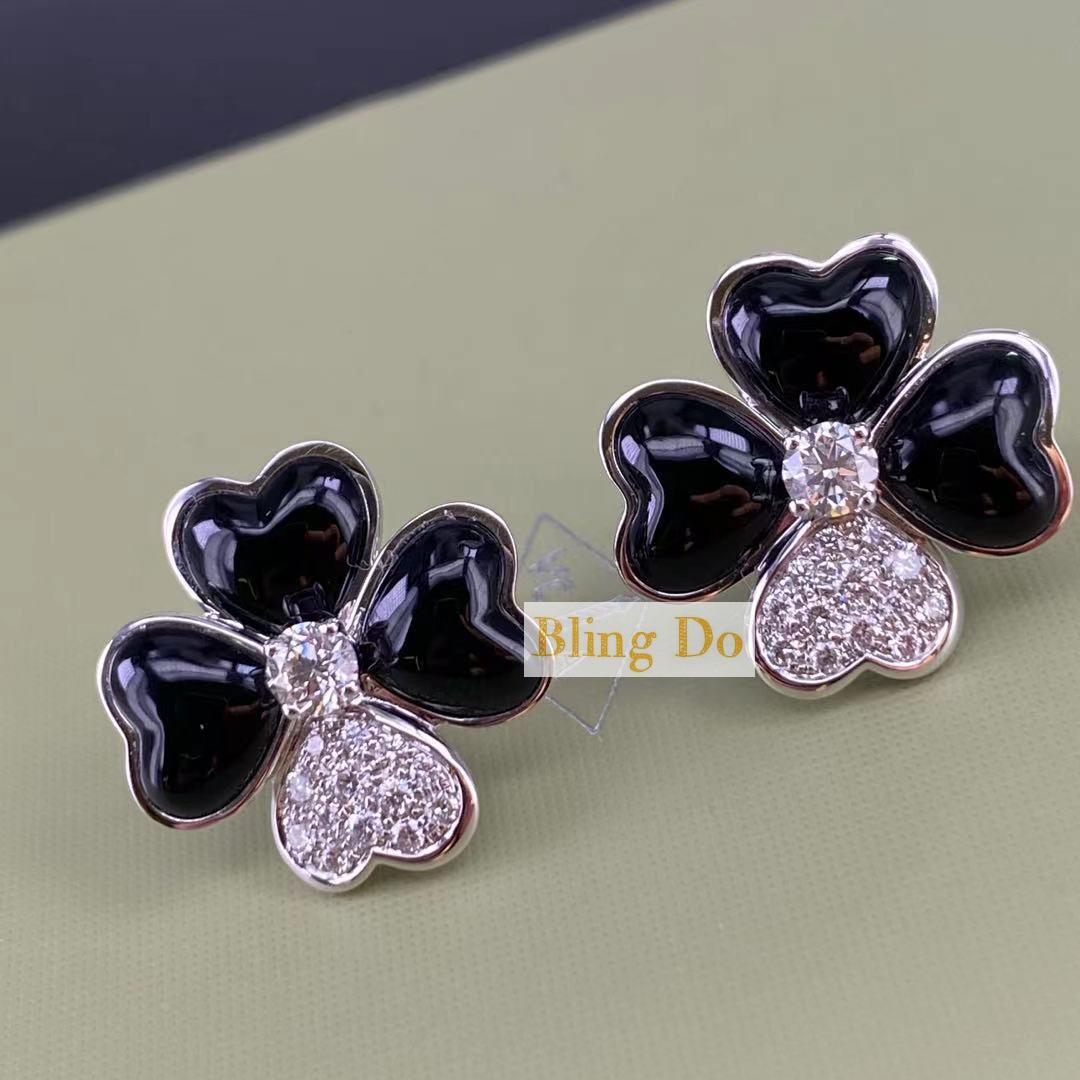 Van Cleef & Arpels Cosmos earrings, medium model, Rose gold, Diamond, Onyx