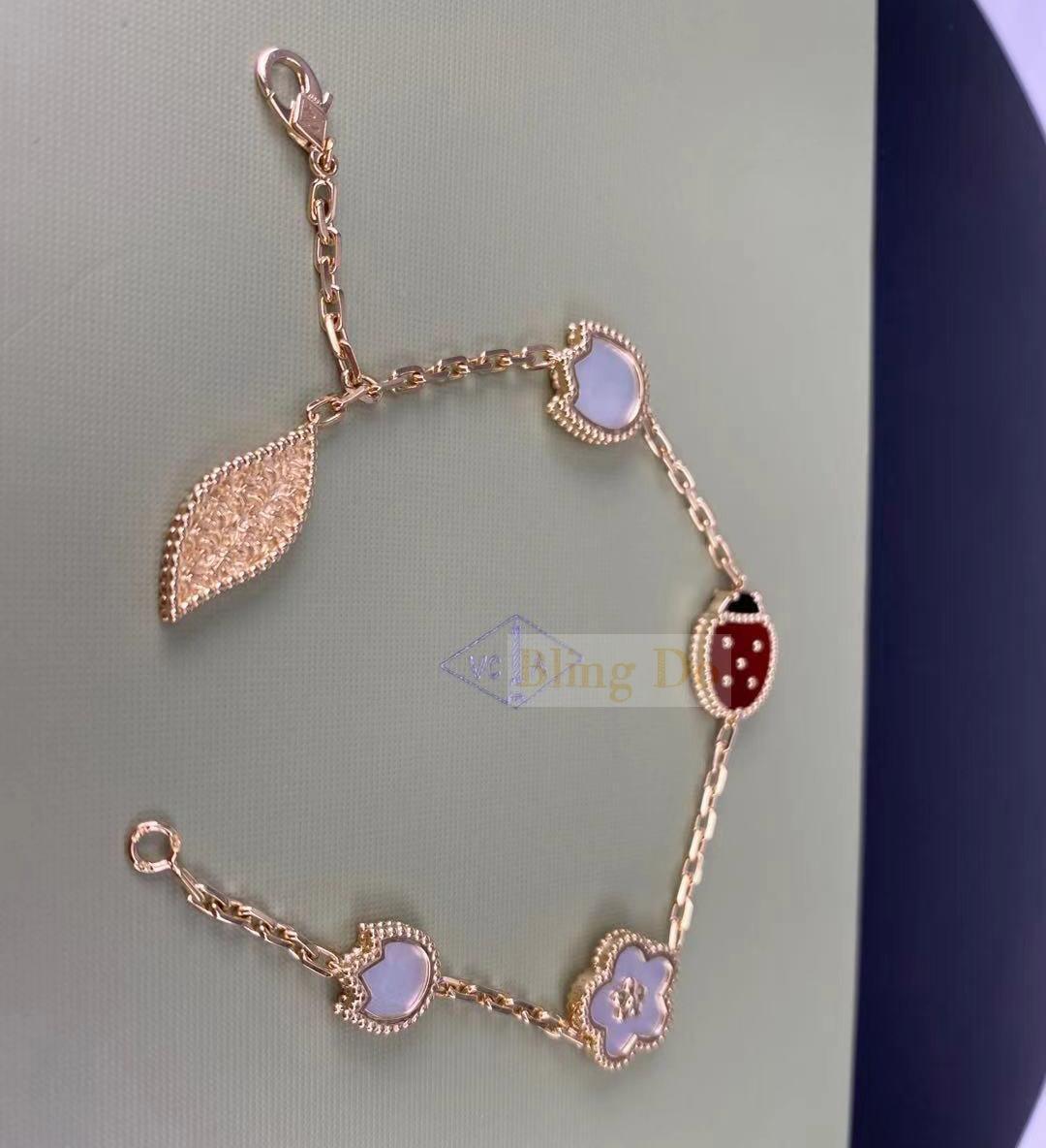 VCA Lucky Spring 18K Rose Gold with 5 Motifs Carnelian, Mother-of-pearl, Onyx bracelet
