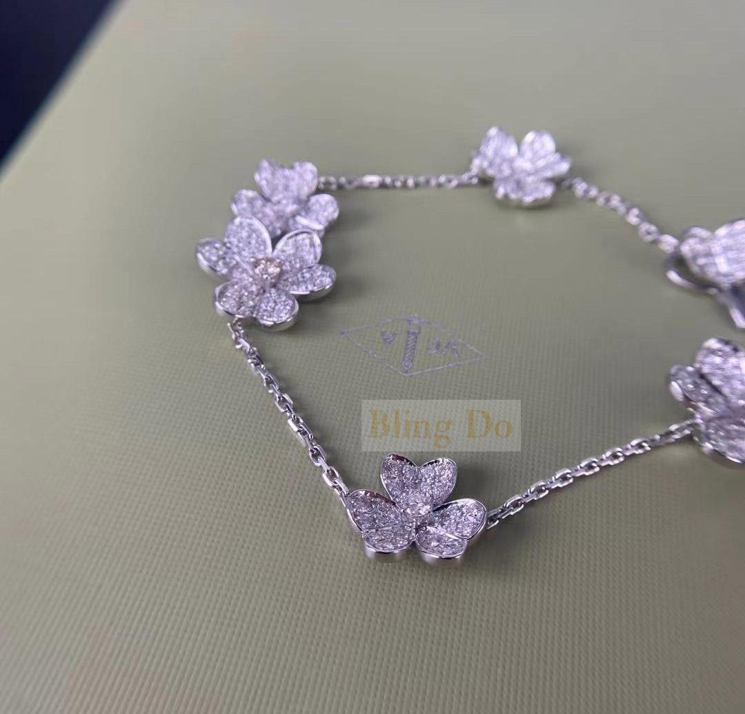 Van Cleef Arpels Frivole 5 flowers 18K White gold bracelet with Diamond